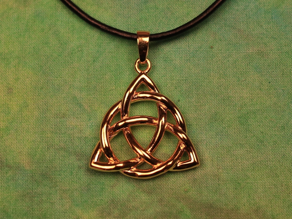 trinity knot necklace or celtic triquetra dampo celtic
